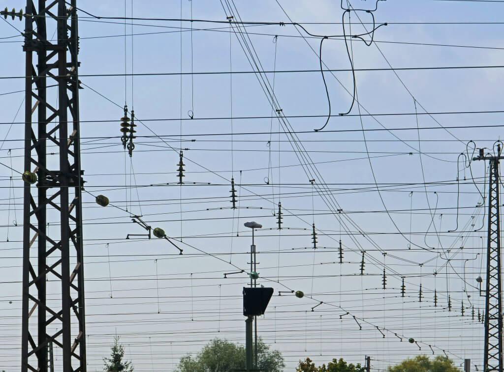 BaWü elektrifiziert weitere Bahnstrecken