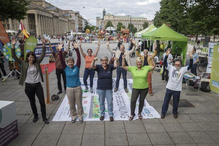 Ein Jahr MoWA: Mobilitätswende feiert auf dem Stuttgarter Schlossplatz