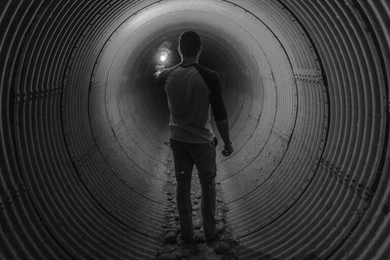 Stuttgart I: Welches Licht? Welches Ende? Welcher Tunnel?