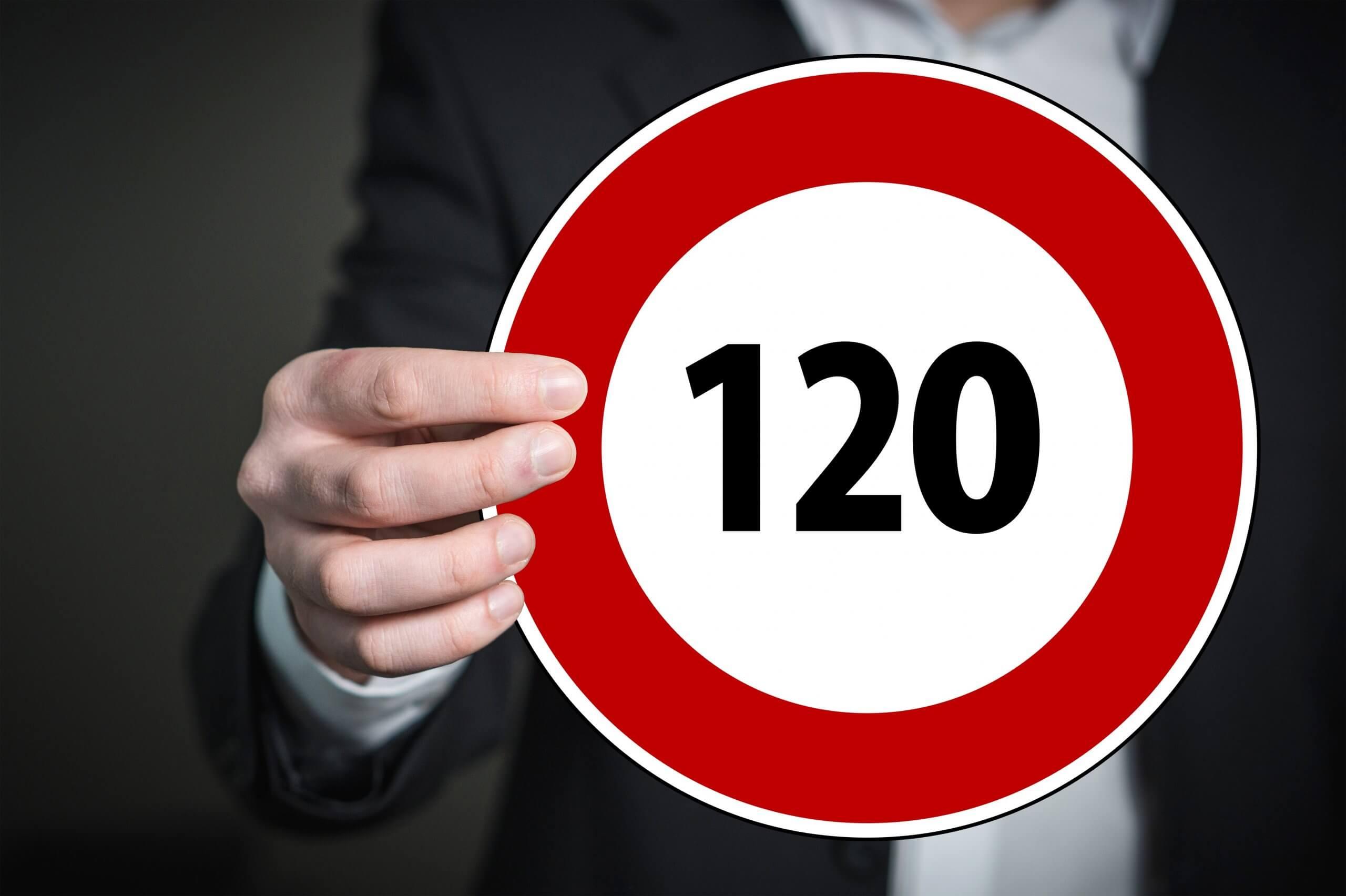 Breites Bündnis fordert ein allgemeines Tempolimit in den ersten 100 Tagen einer neuen Bundesregierung