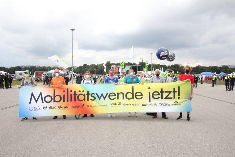 25.000 protestierten zur IAA für eine Mobilitätswende